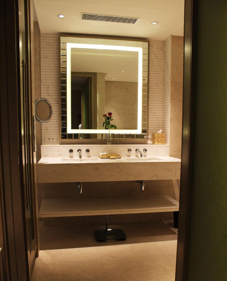 Taj Santacruz bathroom