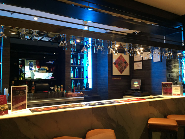 Transit Hotel Hyderabad Airport - Bar