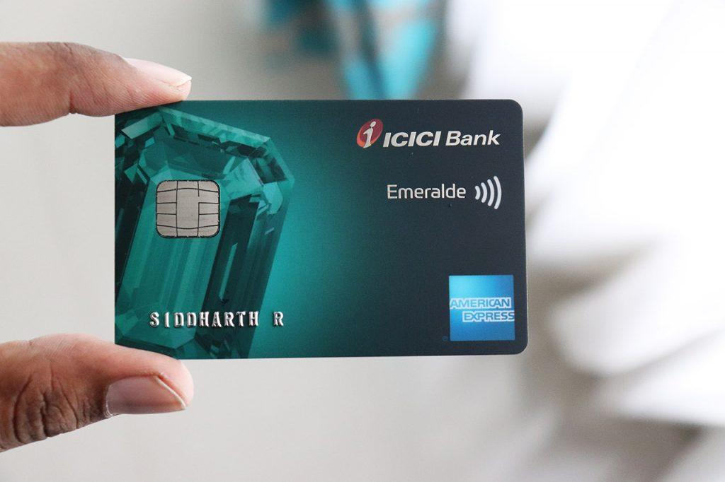 ICICI Emeralde Credit Card Design