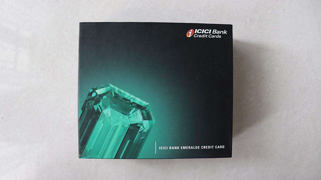 ICICI Emeralde Credit Card cover box