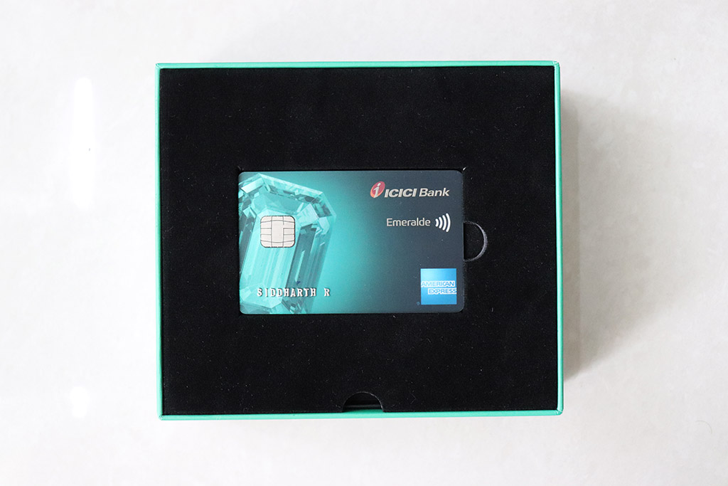 ICICI Emeralde Credit Card Hands-on Experience