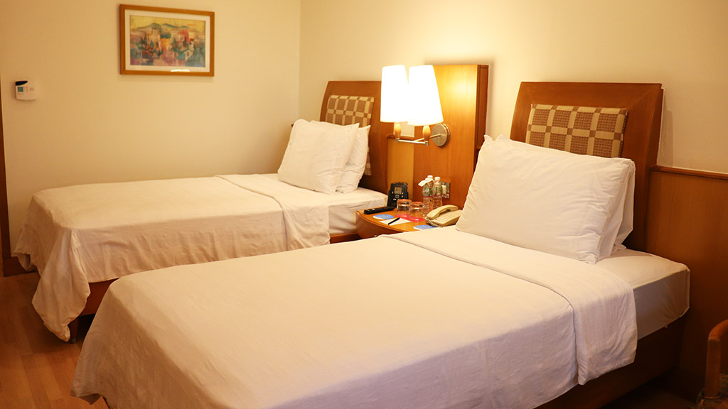 Trident Club room beds