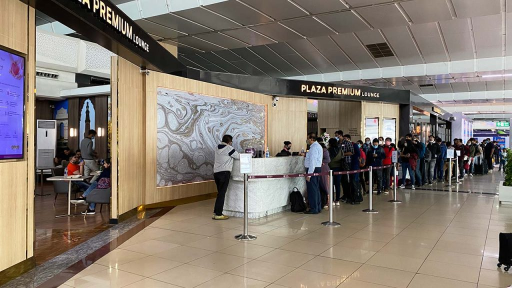 Delhi T3 Plaza Premium Airport Lounge - Entrance