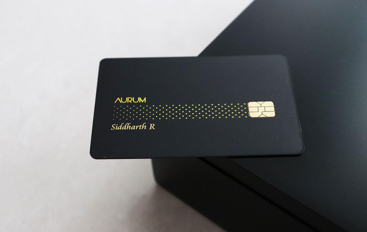 SBICard Aurum - Credit Card on box - Closer look