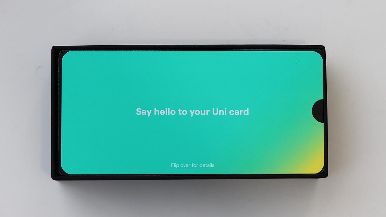 Unicard unboxing - a phone like divider